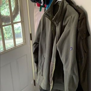 Patagonia synchilla full zip jacket size L